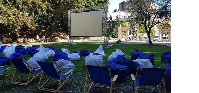 Cinema outdoors